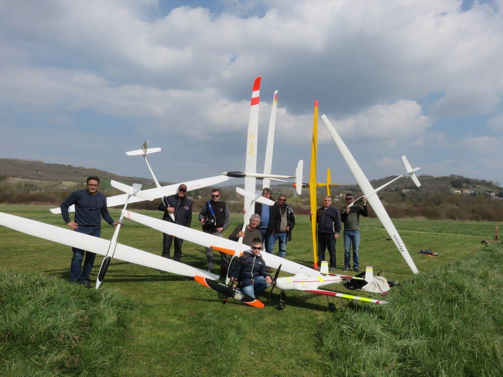 Concours planeurs remorqués à Joigny  le 25 mars